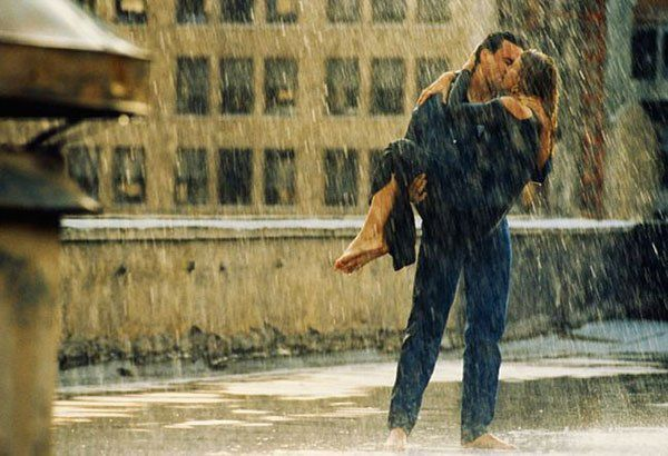Romantic-photos-of-kisses-part4-rain11