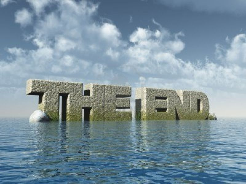 4983790-the-words-the-end-at-the-ocean--3d-illustration