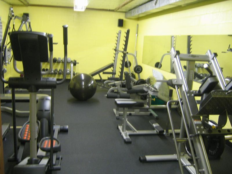 Fitness-rooms-001