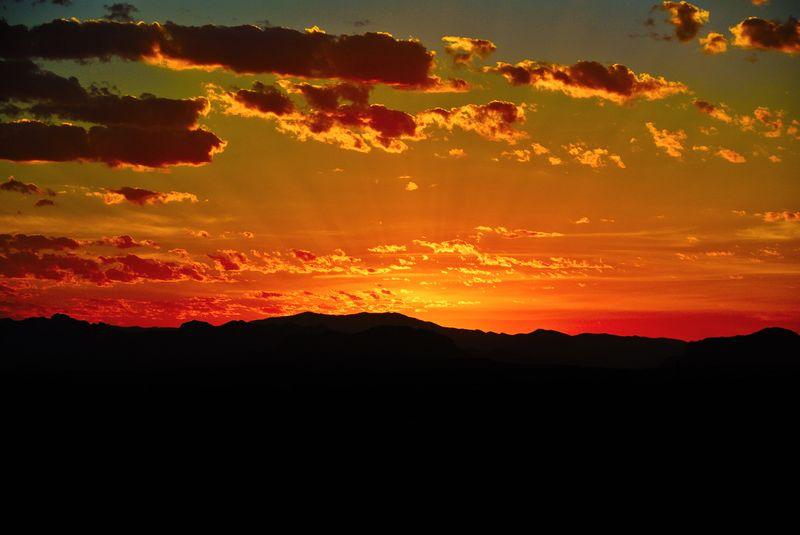 Desert-sunrise-602