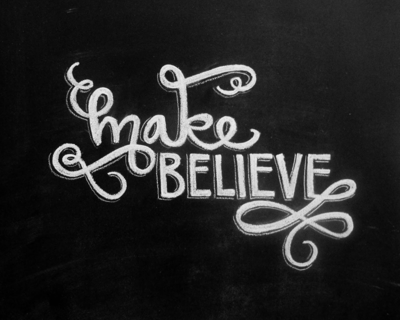 MakeBelieve_Chalkboard8x10