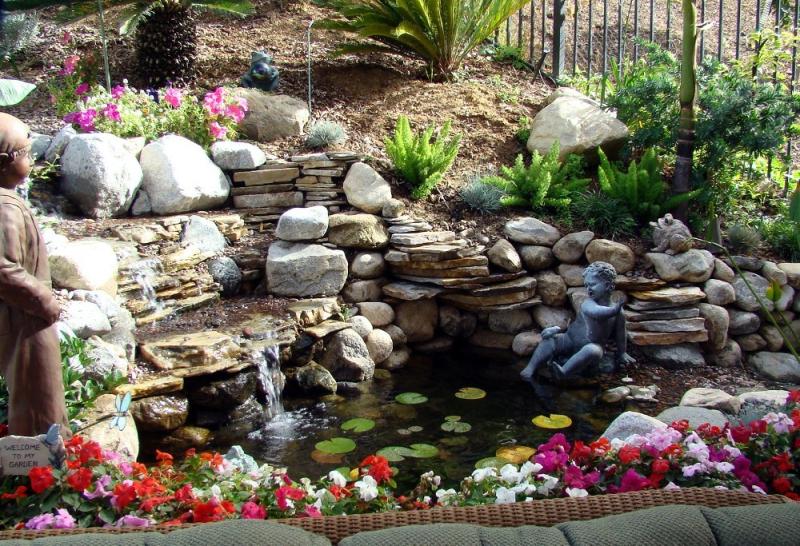 Waterfalls-backyard-garden-home-12